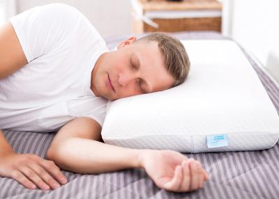 Подушка с эффектом памяти в подарок любимому мужу фото